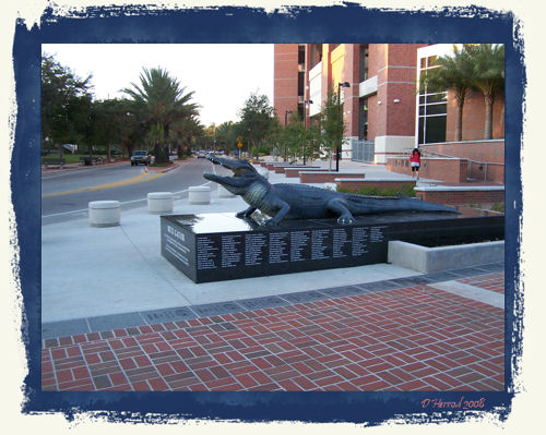 Bull Gator statue built in honor of the 2006 National champions